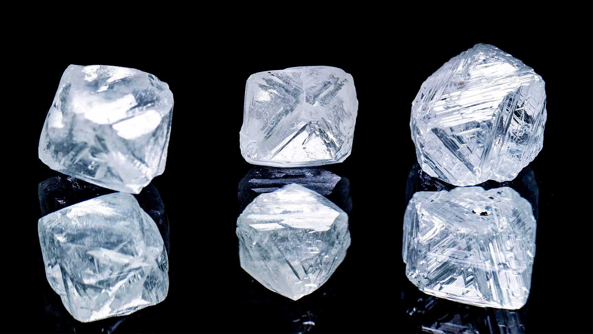 Evolution of the price of diamonds