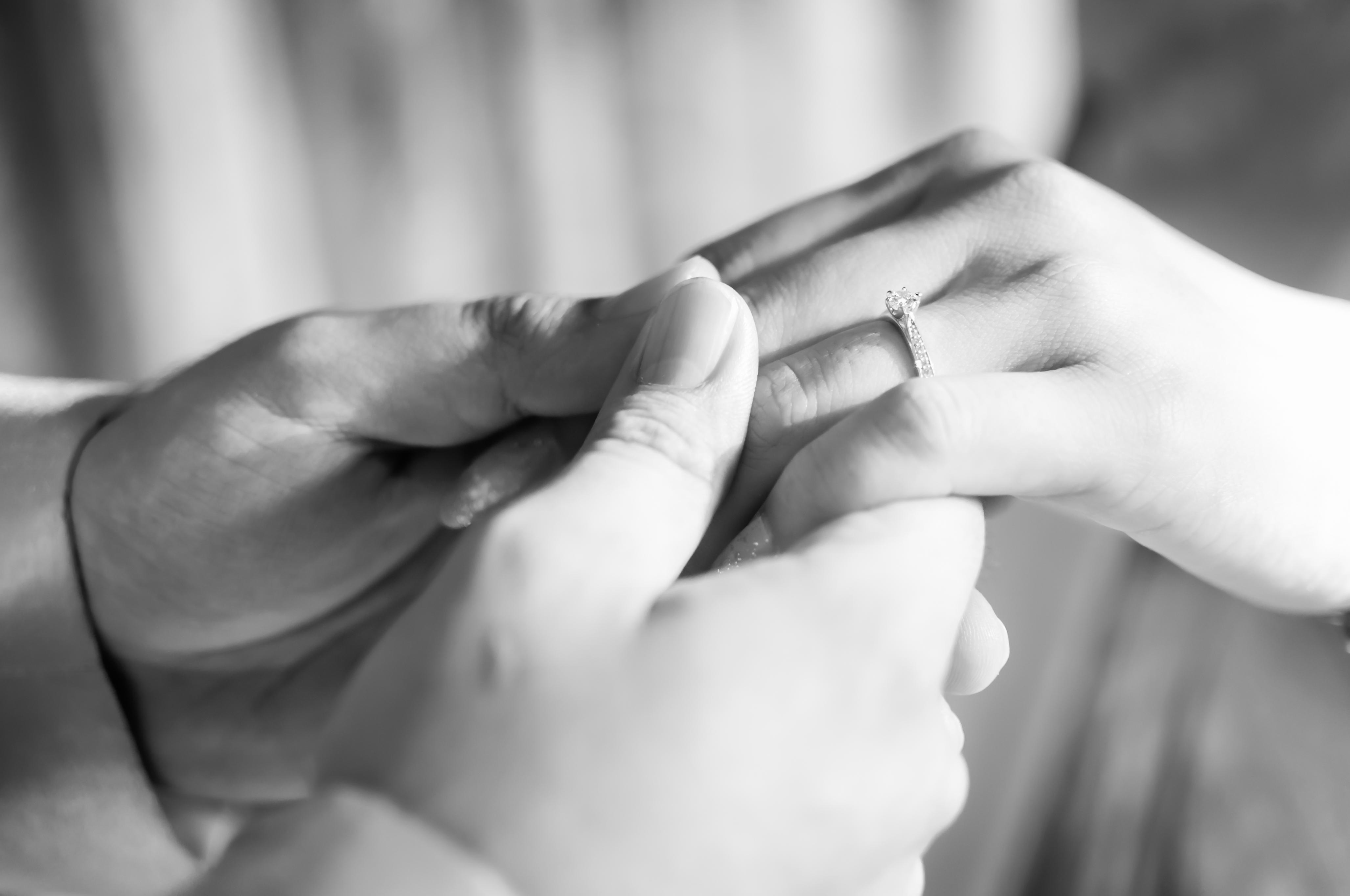 Bague diamant pour femme et pour fomme