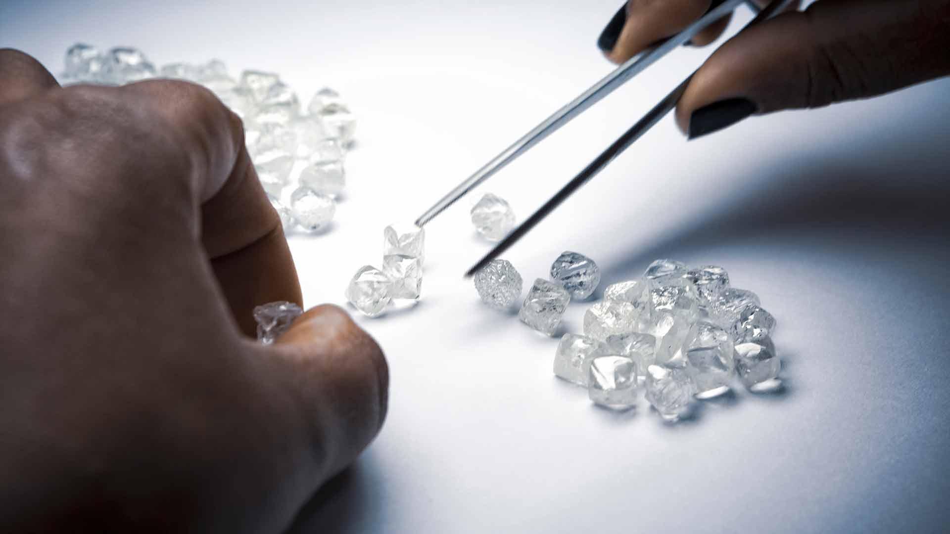 diamants éthiques : mines vers synthétiques