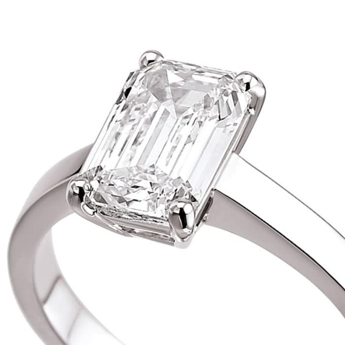 vente Bague  Classique  Diamant or taille EMERAUDE