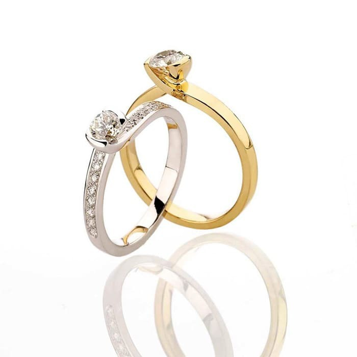 vente Solitaire  Classique avec pavage  Diamant or NOUVELLES ETREINTES avec pavage